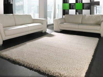 Hoogpolig Tapijt Reinigen : Hoogpolig vloerkleed monarc kleur creme tapijtenwebshop